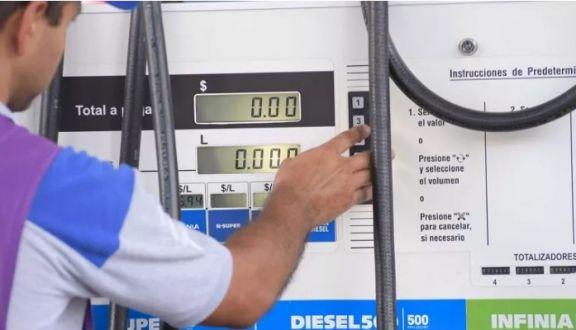 YPF aumentará los combustibles 15% en los próximos tres meses