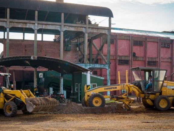 Se iniciaron las obras de pavimentación en el Ingenio Azucarero de San Javier
