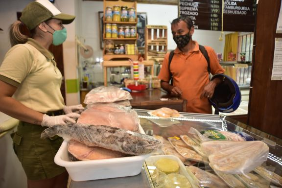 Relevan poca demanda de pescados en comercios de cara a la Semana Santa