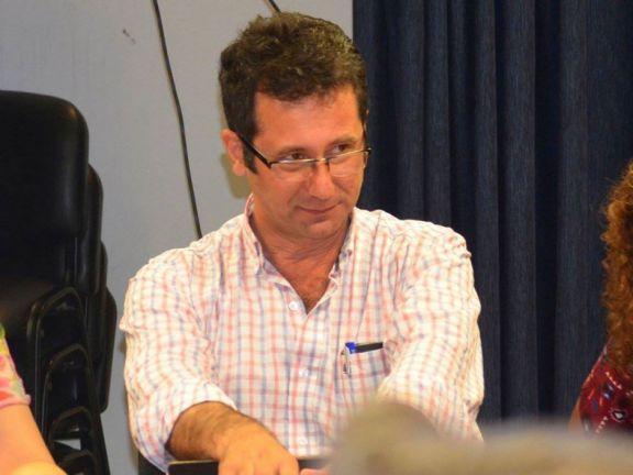 Tras faltazo de Pietrowski al juicio, renunció uno de sus abogados