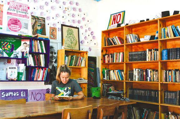 La biblioteca feminista, un espacio clave de reflexión