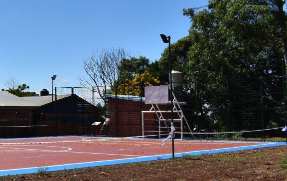 Indignación por robo en el playón deportivo inaugurado hace una semana en el barrio Mogas