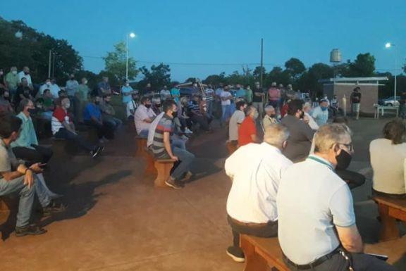 Productores autoconvocados volverán a reunirse mañana en Santiago de Liniers