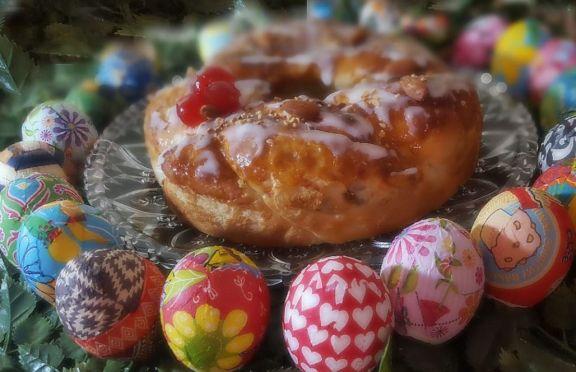 Huevos artesanales y pintados a mano, una larga tradición que vino de muy lejos