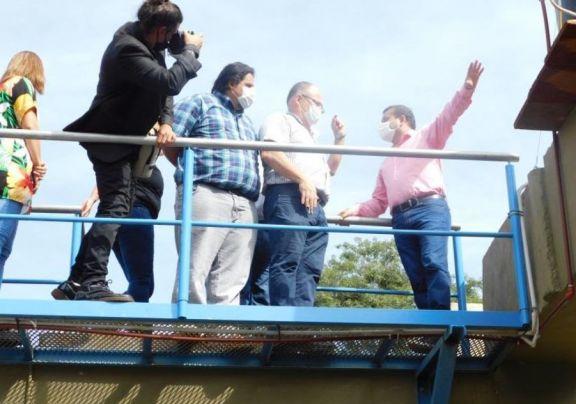 Puerto Libertad: inauguran dos escuelas en aldeas Mbyas Guaraní con la presencia del gobernador