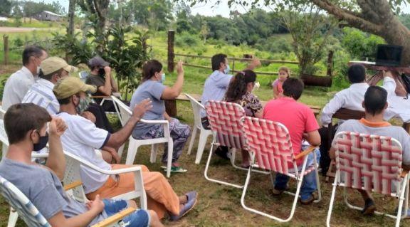 Crean una nueva cooperativa de productores en Pozo Azul