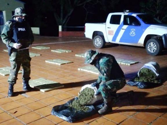 Decomisan más de 2.100 kilos de marihuana en operativos en Eldorado, Santa Ana y Puerto Libertad
