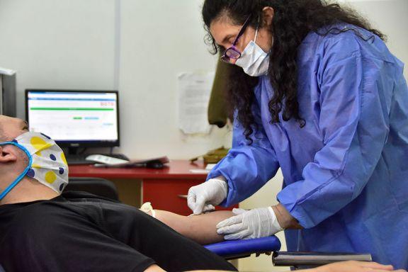 Extienden la emergencia sanitaria y convocan a más donantes de plasma