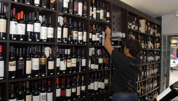 La demanda por bebidas alcohólicas aumentó hasta un 40 por ciento en pandemia