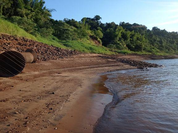 Bajante del río Iguazú complicó el suministro de agua potable