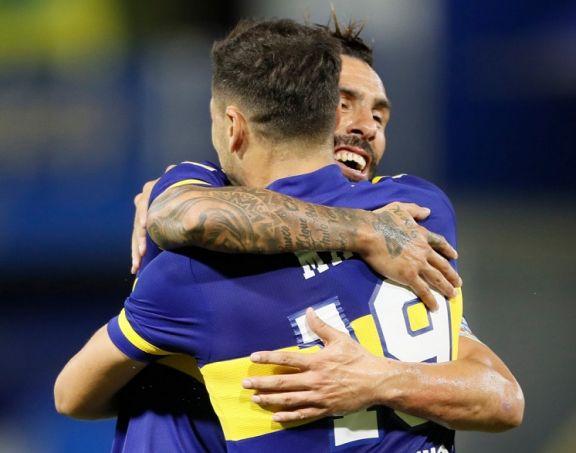 Boca le ganó a Defensa, cortó la mala racha en La Bombonera y se prendió arriba
