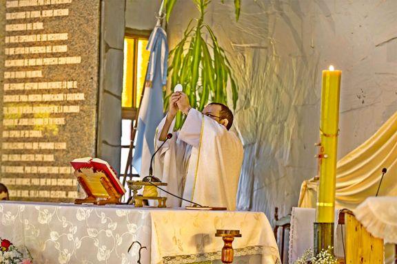 """""""Jesús nos acompaña, esa es nuestra certeza en tiempos difíciles"""""""