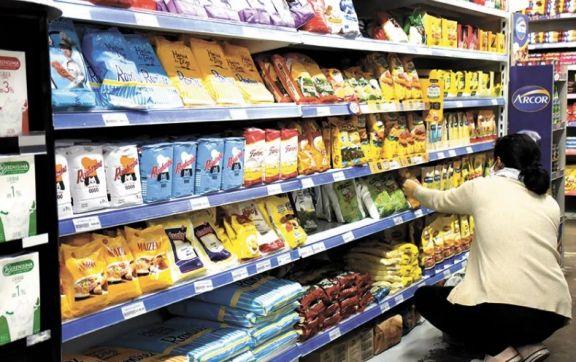 La leche y el aceite, los productos que acumulan mayor incremento en lo que va del año