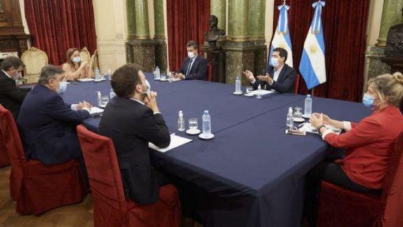 El Gobierno propone retrasar un mes las PASO y las elecciones legislativas
