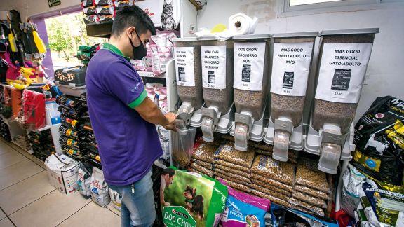 Subas en alimentos para mascotas promueven cambios de consumo