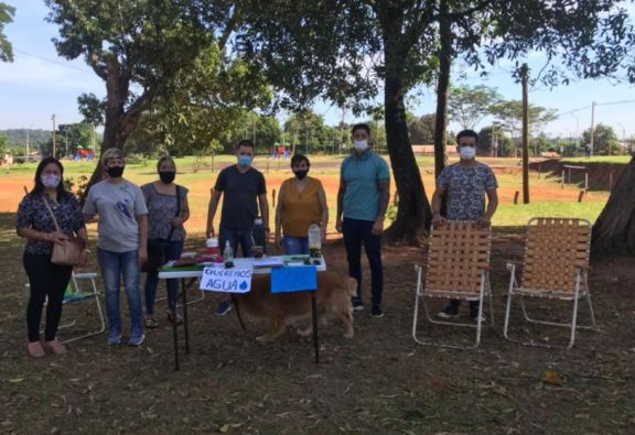 Crisis Hídrica en Iguazú: asamblea vecinal recorre los barrios juntando firmas