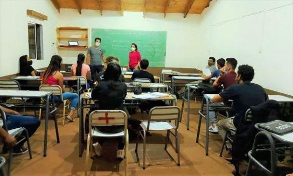 Nueva oportunidad de formación académica y profesional para jóvenes rurales de Irigoyen