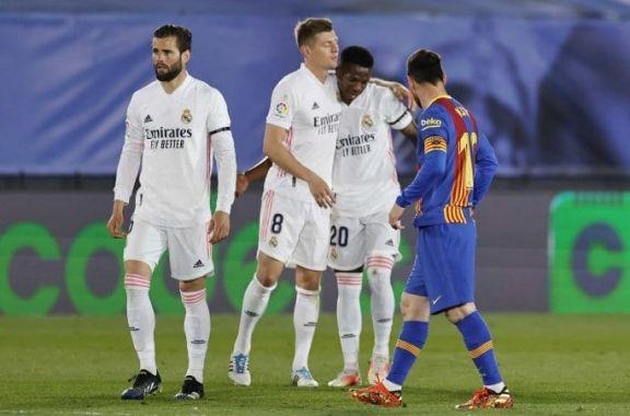 Real Madrid derrotó al Barcelona de Messi y trepó a la cima en la Liga de España