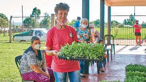 Mojón Grande se suma al programa hortícola