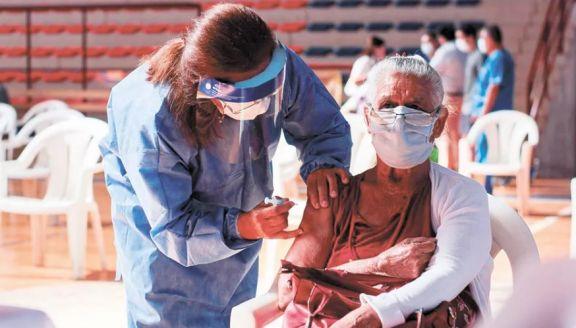 Retoma hoy la aplicación de la segunda dosis de la vacuna Sputnik V en Misiones