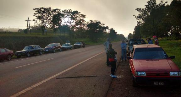 Manifestación pidiendo la liberación del colono tras la muerte en intento de asalto