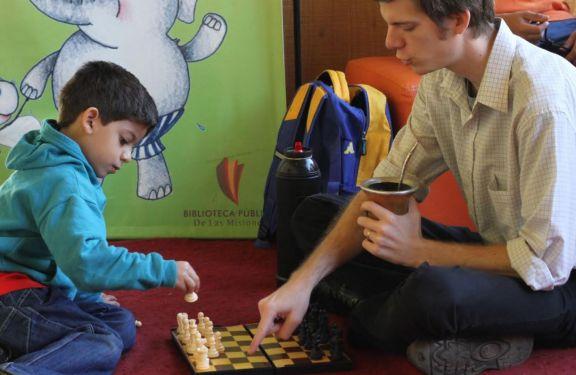 Nueva propuesta de ajedrez de la Biblioteca del Parque del Conocimiento