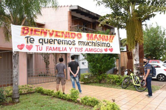 Manu Sánchez recibió el alta médica este mediodía y continuará la recuperación en su domicilio
