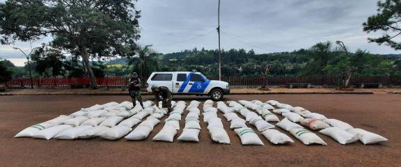 Incautaron más de 4.000 kilos de granos de soja en El Soberbio