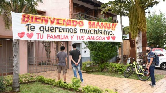 Negrete se abstuvo y seguirá detenido, mientras que Manu Sánchez volvió a casa