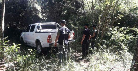 Recuperaron la camioneta y moto que fueron robadas en un complejo de cabañas