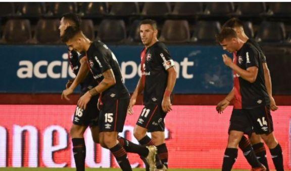 Newell's sigue sin ganar en Brasil pero, al menos, rescató un empate