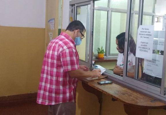 El Círculo de Periodistas de Oberá entregó petitorio solicitando la vacuna contra el covid-19