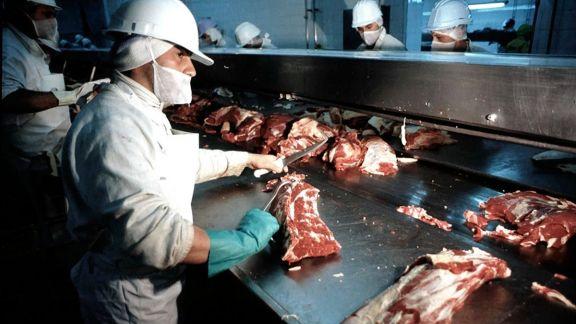 El Gobierno establece el troceo para la comercialización de la carne vacuna