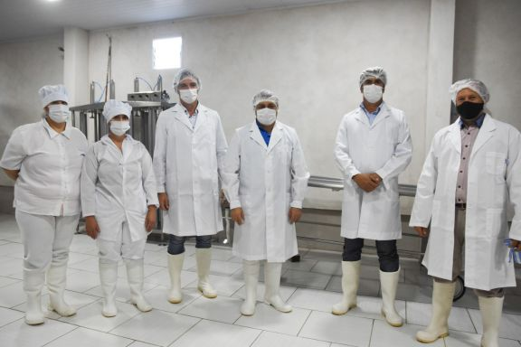 Cooperativa de Pozo Azul suma móvil y avanza en la producción de quesos