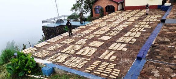 Hallan cerca de 1.500 kilos de marihuana en Eldorado