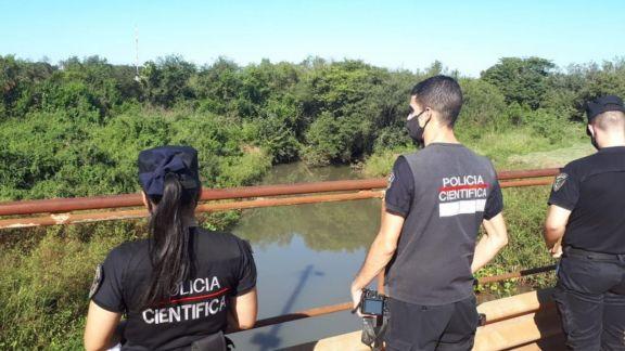 Encontraron flotando un cadáver en arroyo del barrio El Porvenir I