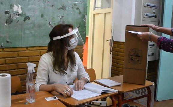 El Tribunal Electoral dio a conocer los candidatos habilitados para las elecciones municipales