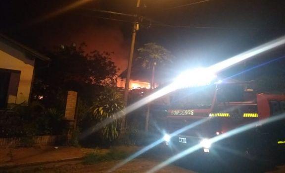 Sacan a tiempo a una octogenaria del incendio de su casa