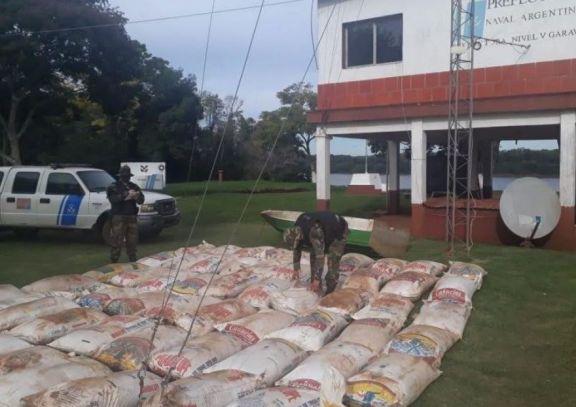 Frenan el traslado de cuatro toneladas de soja en Garruchos