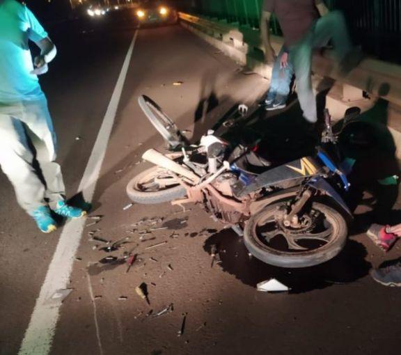 Dos lesionados tras accidente en el puente Garupá