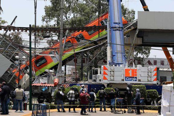 Un tren cayó  tras el colapso de un puente y hay 24 muertos