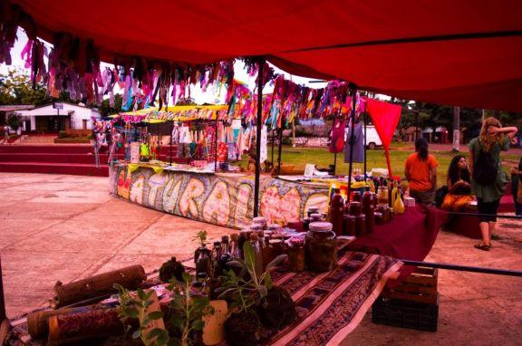San Pedro: Volvió la feria de artesanos Naturalmonte