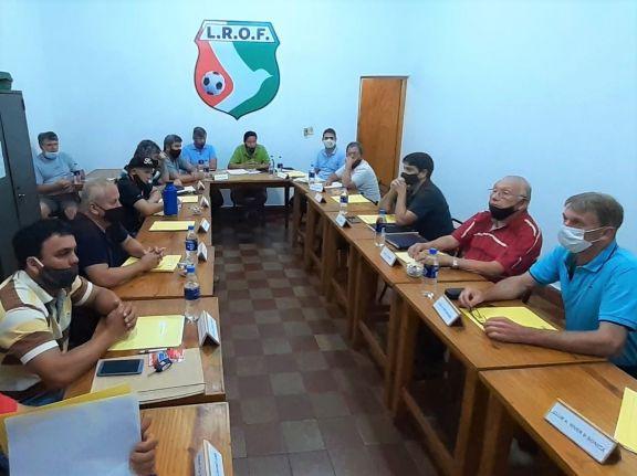 """Clubes de fútbol en crisis: """"Se encuentra en serio riesgo la vida y continuidad"""", advirtieron dirigentes obereños"""