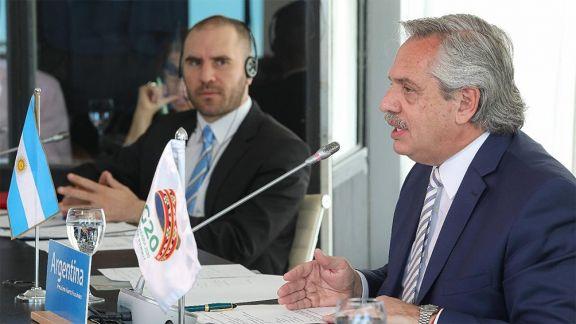 El Gobierno busca apoyos en Europa para posponer el pago al Club de París y para el acuerdo con el FMI