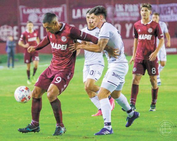 Talleres perdió 1-0 ante Lanús pero avanzó a cuartos de final