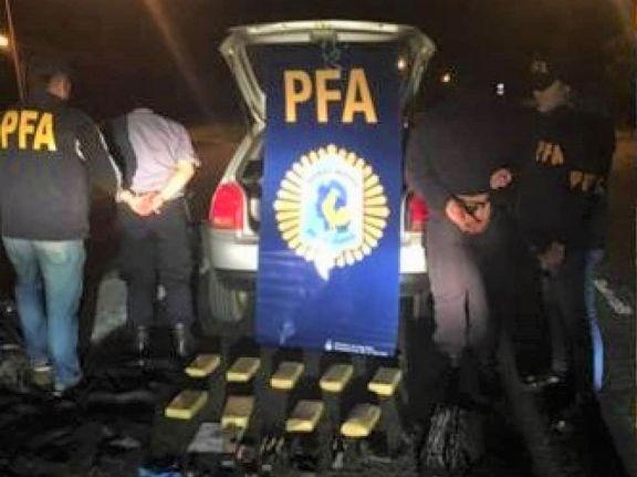 Un misionero, cabo de policía en Corrientes, condenado junto a un oficial ayudante por transporte de marihuana