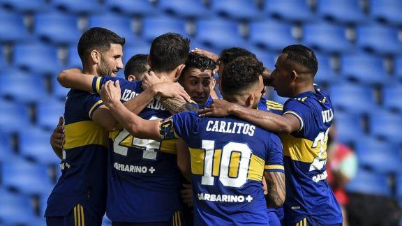 Boca visita a Santos en busca de un triunfo que lo acerque a la clasificación