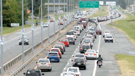 El gobierno suspendió el feriado puente del 24 de mayo