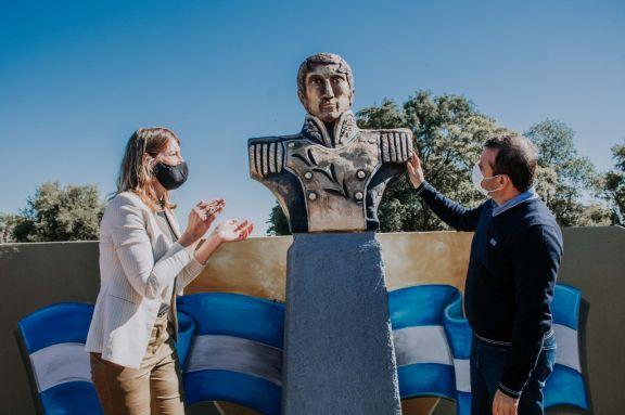 El gobernador encabezó el acto de aniversario de Almafuerte
