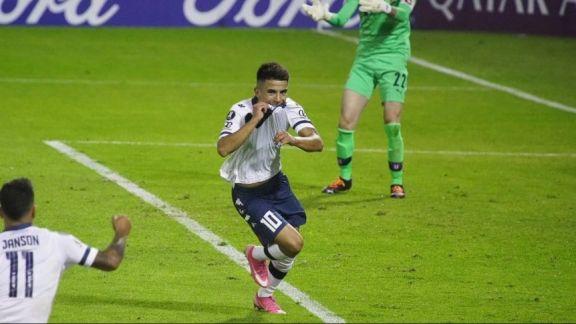 Vélez llegó al segundo puesto del Grupo G de la Libertadores tras vencer a Liga de Quito